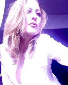 Mature Sensual Gabriella Leighton