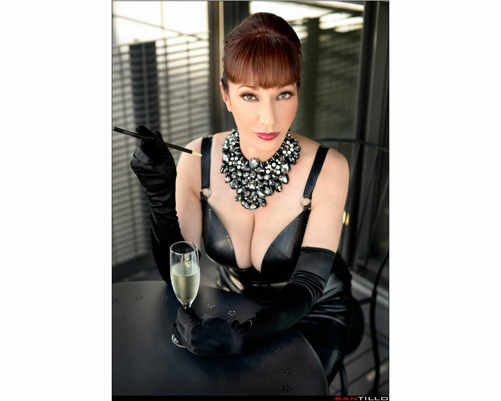Mature Sensual Nikki West - Hepburn Westchester