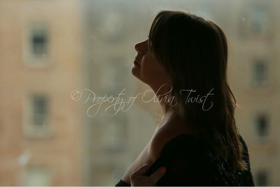 Olivia Twist - NYC Escort - Mature Sensual